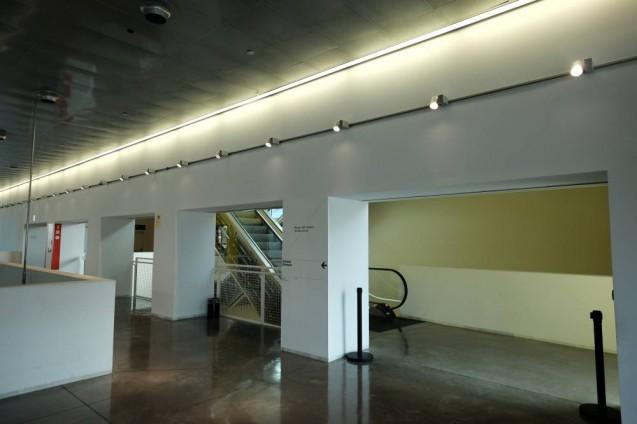 ディセニィ・ハブ・バルセロナ(Disseny hub barcelona)