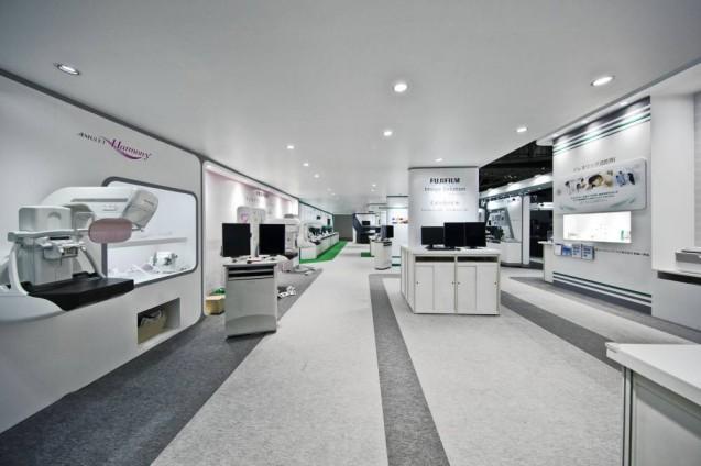 展示会ブースデザイン、展示会装飾、事例|ITEM in JRC 2017 富士フイルムブース (15)