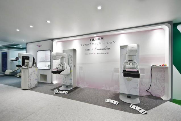 展示会ブースデザイン、展示会装飾、事例|ITEM in JRC 2017 富士フイルムブース (18)