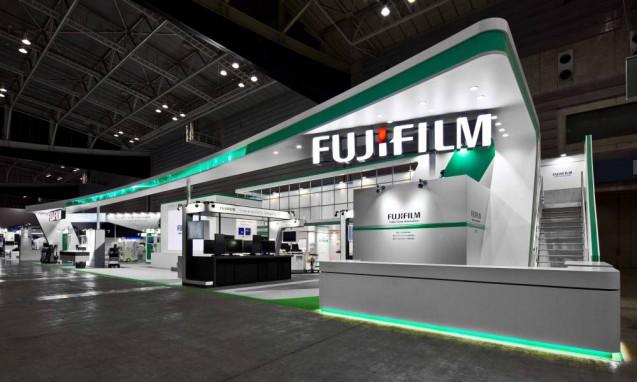 展示会ブースデザイン、展示会装飾、事例|ITEM in JRC 2017 富士フイルムブース (1)