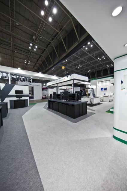 展示会ブースデザイン、展示会装飾、事例|ITEM in JRC 2017 富士フイルムブース (27)