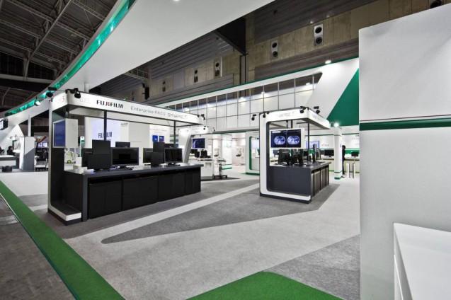 展示会ブースデザイン、展示会装飾、事例|ITEM in JRC 2017 富士フイルムブース (29)