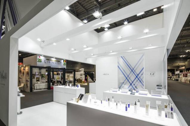 Beautyworld Japan 2017に出展した AXXZIAブースのデザイン事例 (12)