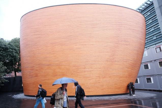 Helsinki Architecture / ヘルシンキの建築写真 (33)