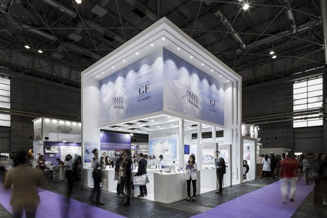 展示会デザイン、展示会装飾の事例|ビューティーワールドウェスト2018 アクシージア_ブース_2018 (9)