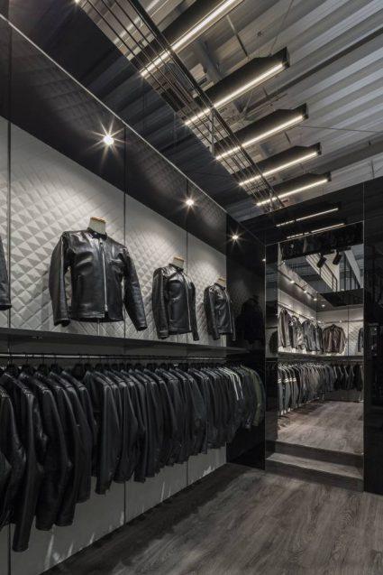 ヒョウドウプロダクツ本社屋 HYOD-PLUSの店舗デザイン 内観 ROMAN BLACKコーナー
