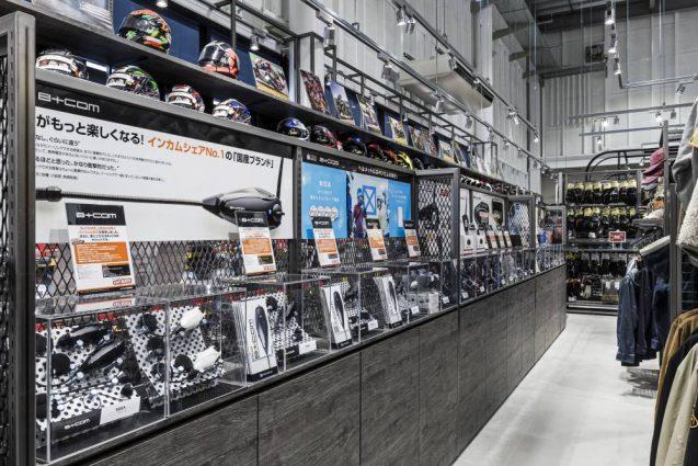 ヒョウドウプロダクツ本社屋 HYOD-PLUSの店舗デザイン 内観 インカムコーナー