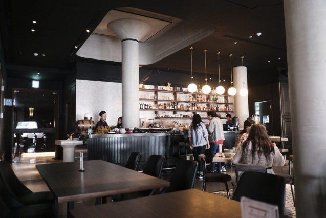 ホテルに併設されているレストランCAFE参四町。宿泊者はオプションで朝食ビュッフェをここで摂ります。ちなみにこの店の読み方はMACHI 34。日本語読みなんですね。笑