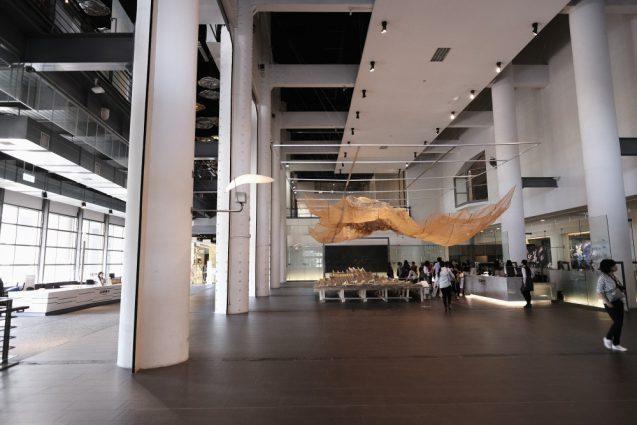 国立台湾美術館。1Fのアトリウム
