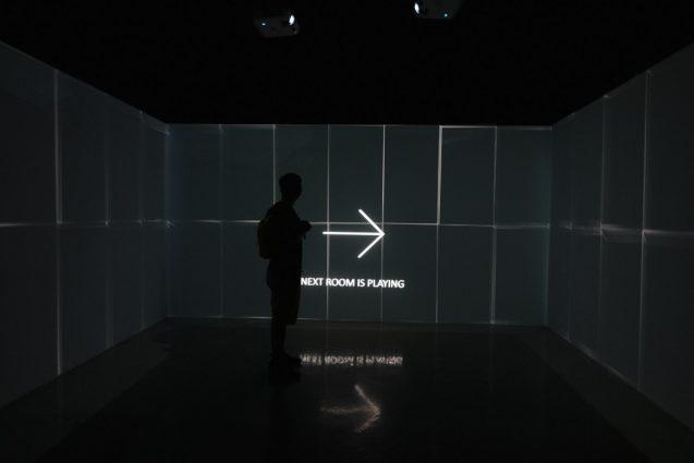 国立台湾美術館で開催されていたビデオアート展。6組のアーティストが異なるアプローチで作品を展開していました