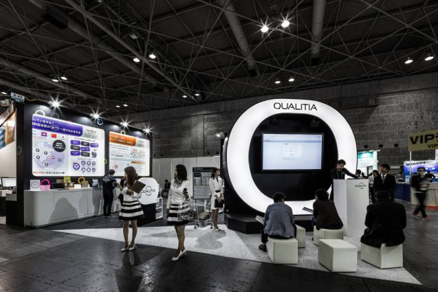 展示会ブースデザイン事例 IT-WEEK 2019 関西 クオリティア社の展示ブース (1)