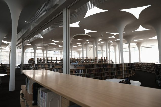 国立台湾大学社会学部棟+辜振甫記念図書館。レイアウトはスパイラル状に計画されているのがよくわかる一枚。