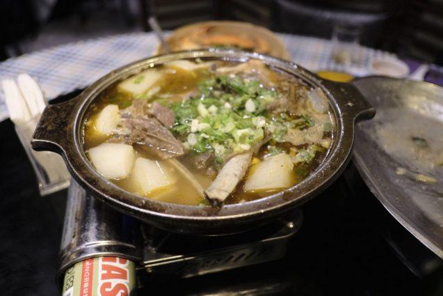 台湾最後の夕食は、クレアトラベラーで紹介されていた紫都餐庁へ。