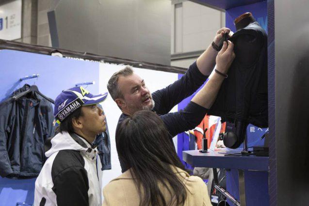 東京モーターサイクルショー2019 HYOD ヒョウドウプロダクツ 展示会ブース。会場の様子。
