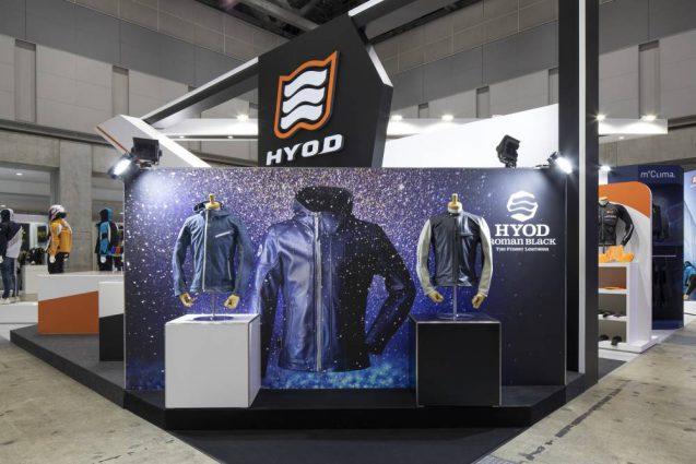 東京モーターサイクルショー2019 HYOD ヒョウドウプロダクツ 展示会ブース。ローンチしたばかりのROMAN BLACK