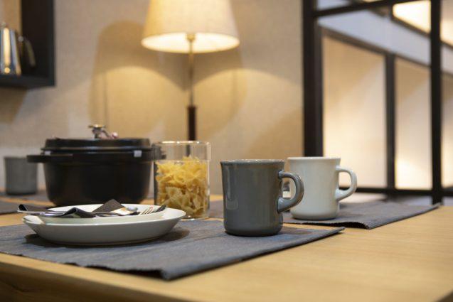 東京インターナショナルギフトショー2019に出展したanrecの展示ブース。テーブルセット上のペンダントライト。