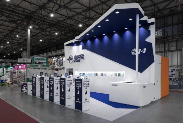 展示会ブースデザインと装飾の実例-全日本模型ホビーショーAVIATION FIGHTERS Booth 会場の様子 (8)