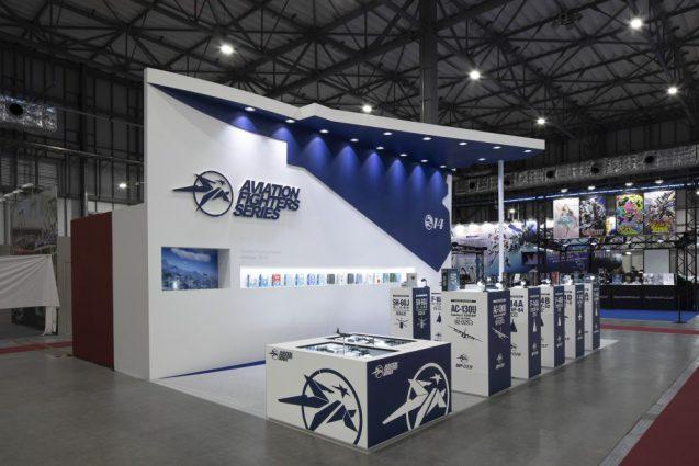 展示会ブースデザインと装飾の実例-全日本模型ホビーショーAVIATION FIGHTERS Booth 会場の様子 (7)