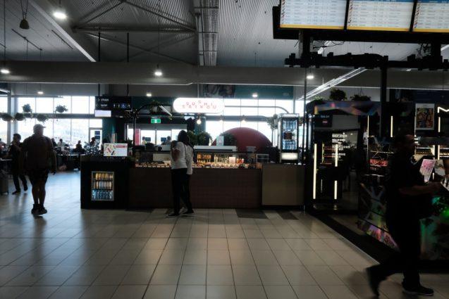ゴールドコースト国際空港のイートインカフェ