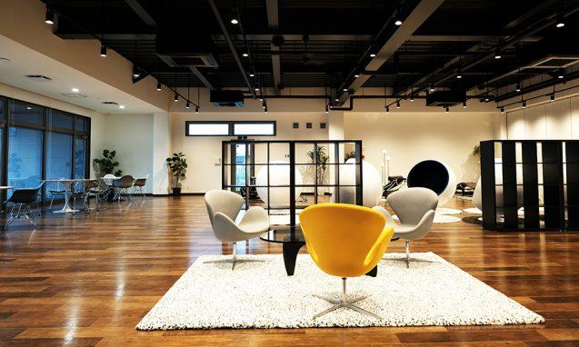 アクティビティーベースドワーキングを念頭においた、ハートランドデーター本社ソフトウェアセンター1階ワークラウンジ (5)