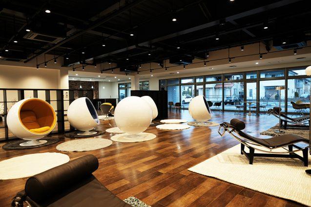 アクティビティーベースドワーキングを念頭においた、ハートランドデーター本社ソフトウェアセンター1階ワークラウンジ (3)