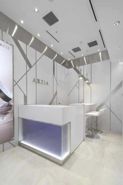 アクシージア ギンザシックス店の店舗デザイン。カウンセリング側。